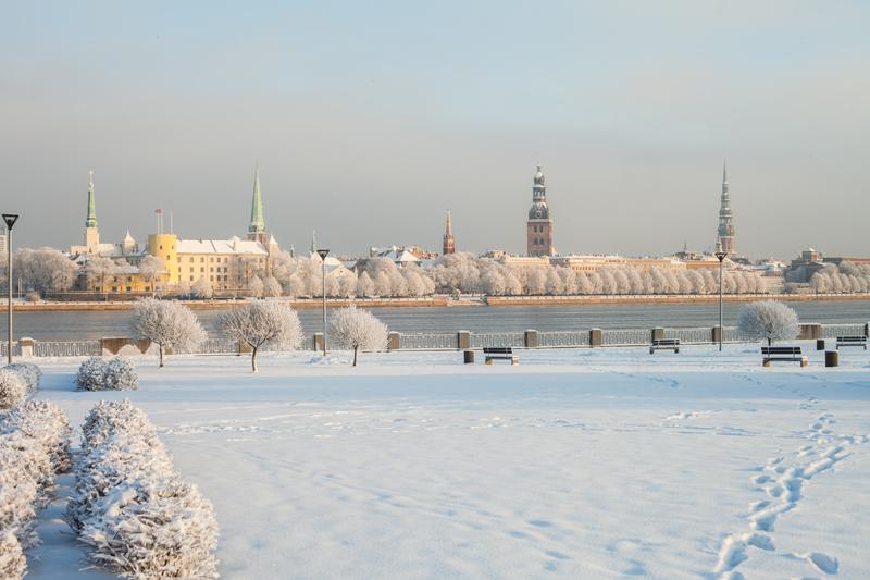 Altstadt von Riga im Winter (Foto: © Ģirts Raģelis)